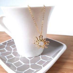 Open Sun Simple Gold Tone Necklace